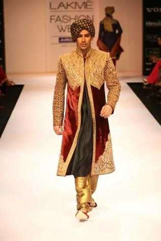 Shyamal Bhumika sherwani royal design fashion week