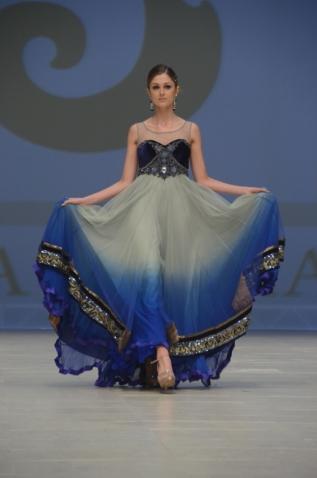 Jaya Misra blue wedding lehenga