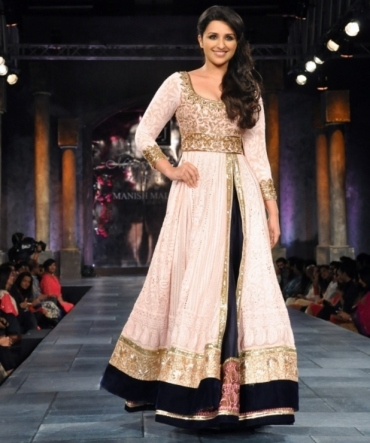 parineeti-chopra-Manish Malhotra 2013