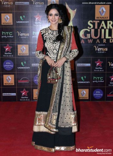 renault-star-guild-awards_Sri Devi bridal lehenga