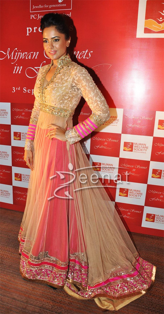 10 Best Manish Malhotra Bridal Collection Lehenga Designs