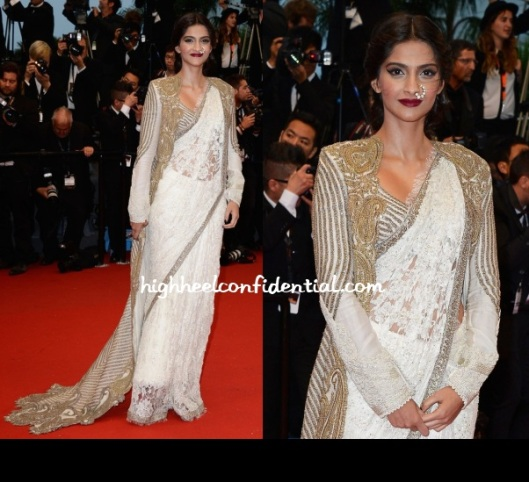 sonam-kapoor-anamika-khanna-cannes-2013-gatsby-screening-white saree
