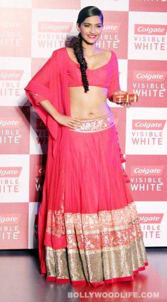 Sonam-Kapoor-Manish Malhotra Colgate launch 2
