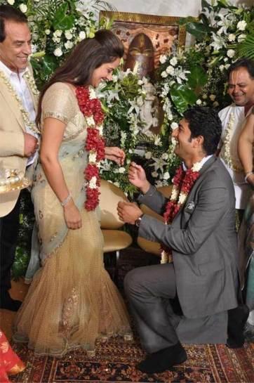 ahana-deol-engaged-saree-simple-choli