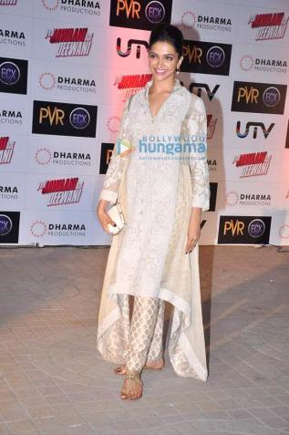 Deepika Padukone white salwar