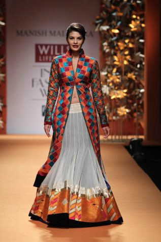 manish-malhotra-fw-2013-collection-phulkari-jacqueline